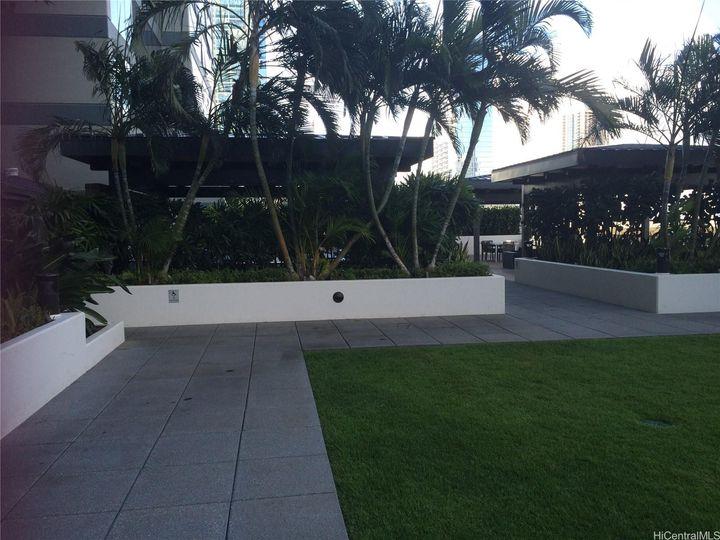 Pacifica Honolulu condo #1804. Photo 12 of 23