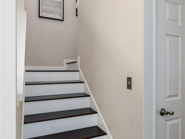 1152 Saint Timothy #102, Concord, CA, 94518 Townhouse. Photo 17 of 35