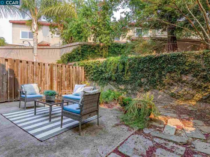 1152 Saint Timothy #102, Concord, CA, 94518 Townhouse. Photo 33 of 35