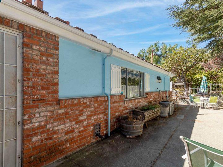 1381 Hazel Dr Pinole CA Home. Photo 12 of 28