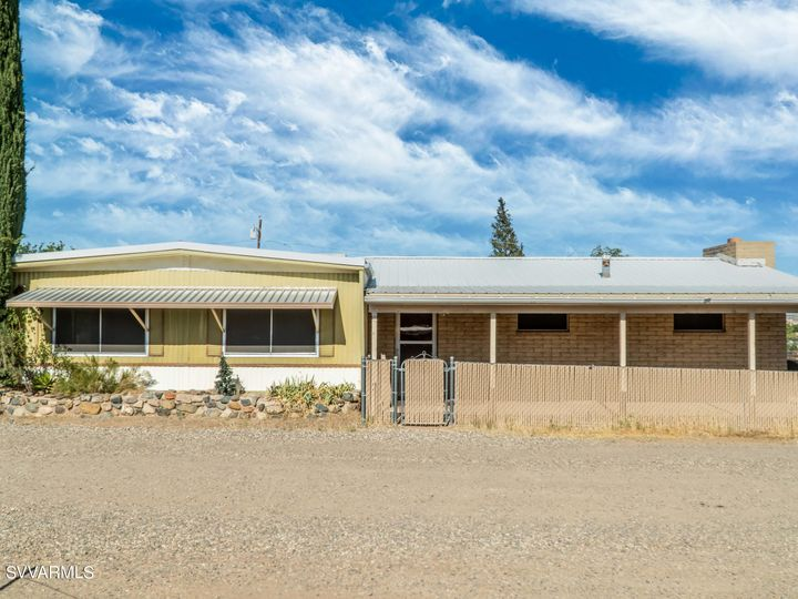 1633 E Cherry St Cottonwood AZ Multi-family home. Photo 1 of 20