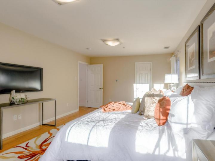 2099 Santa Cruz Ave Menlo Park CA Home. Photo 33 of 40