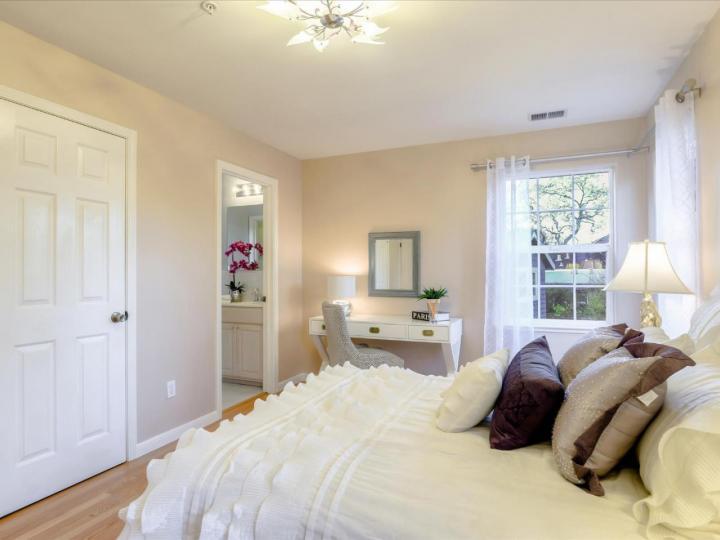 2099 Santa Cruz Ave Menlo Park CA Home. Photo 38 of 40