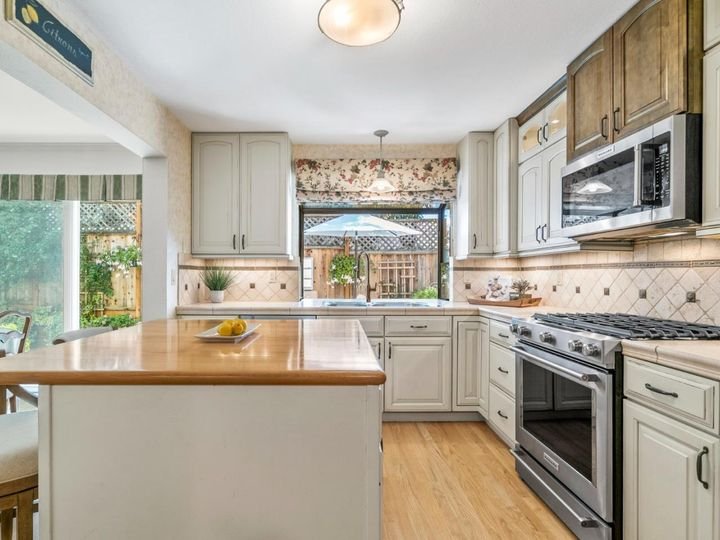 211 Bean Creek Rd #13, Scotts Valley, CA, 95066 Townhouse. Photo 9 of 40