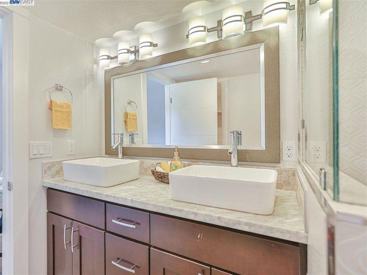 320 Monte Carlo Ave Union City CA Home. Photo 22 of 39