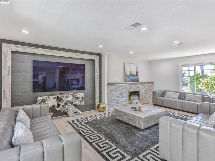 320 Monte Carlo Ave Union City CA Home. Photo 7 of 39