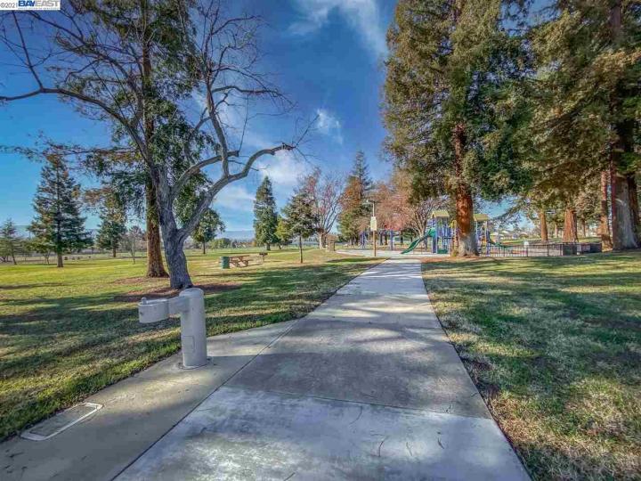 3418 Guluzzo Dr San Jose CA Home. Photo 28 of 31