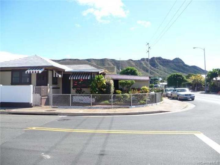 3466 Campbell Ave Honolulu HI Home. Photo 3 of 8