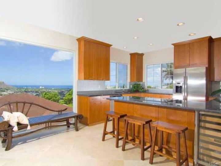 3898 Sierra Dr Honolulu HI Home. Photo 4 of 10
