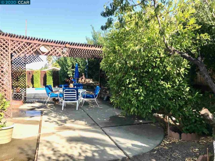5239 Jomar Dr Concord CA Home. Photo 18 of 22
