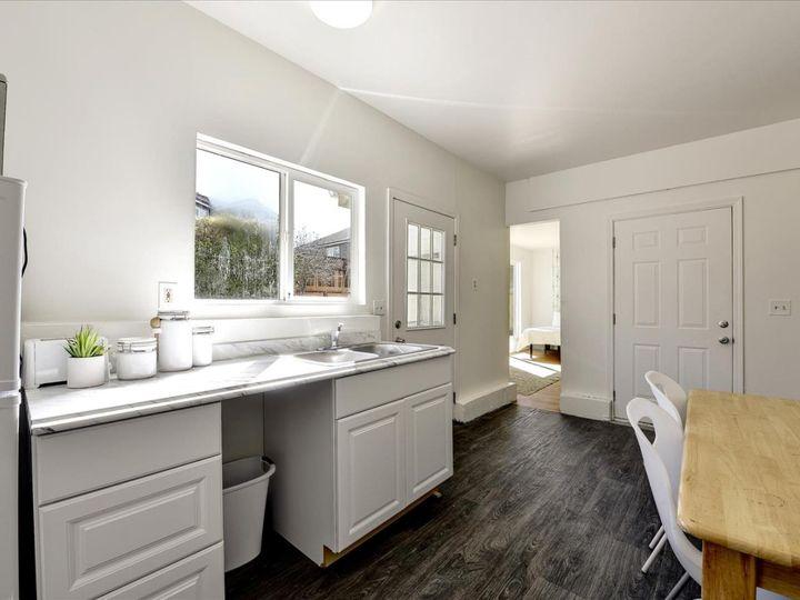 551 Terrace Ave Half Moon Bay CA Home. Photo 22 of 40