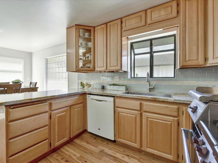 551 Terrace Ave Half Moon Bay CA Home. Photo 10 of 40