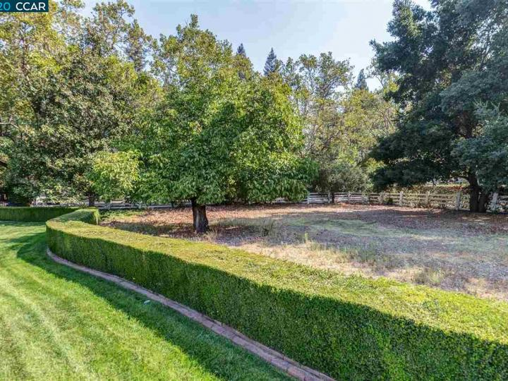 7661 Foothill Rd Pleasanton CA Home. Photo 12 of 37