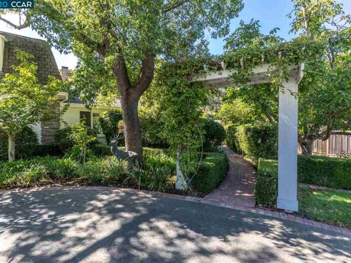 7661 Foothill Rd Pleasanton CA Home. Photo 15 of 37