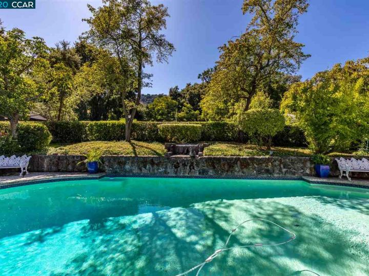 7661 Foothill Rd Pleasanton CA Home. Photo 18 of 37
