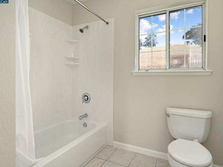 822 Navaronne Way Concord CA Home. Photo 25 of 40