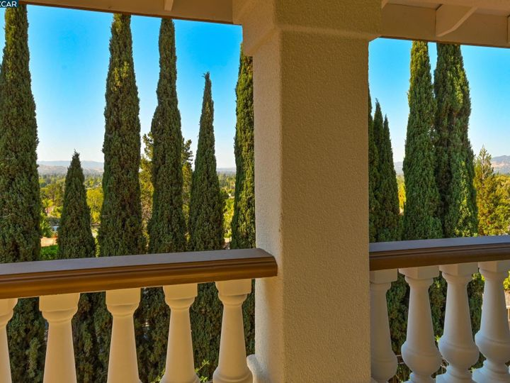 822 Navaronne Way Concord CA Home. Photo 27 of 40