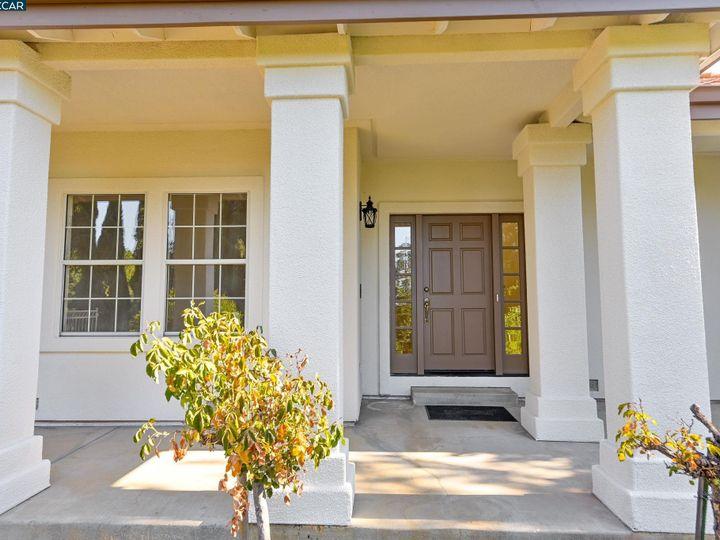 822 Navaronne Way Concord CA Home. Photo 7 of 40