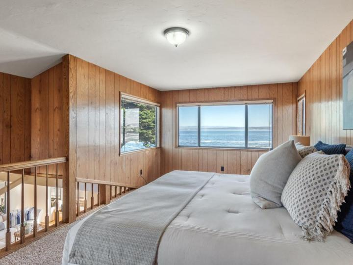 859 Ocean View Blvd Pacific Grove CA Home. Photo 15 of 38