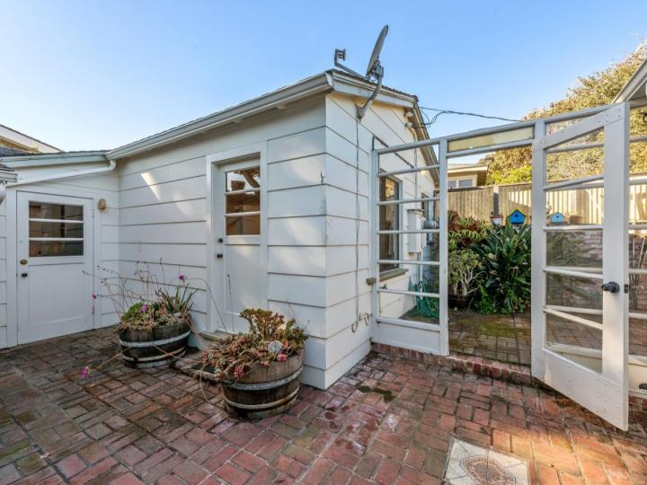 859 Ocean View Blvd Pacific Grove CA Home. Photo 23 of 38