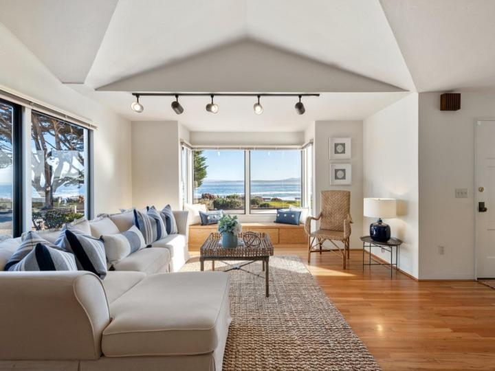 859 Ocean View Blvd Pacific Grove CA Home. Photo 8 of 38