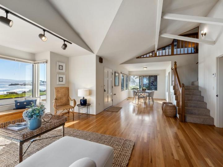 859 Ocean View Blvd Pacific Grove CA Home. Photo 9 of 38
