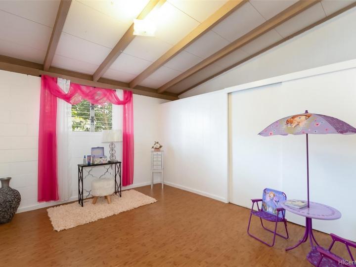 87-1705 Mohihi St Waianae HI Home. Photo 12 of 25