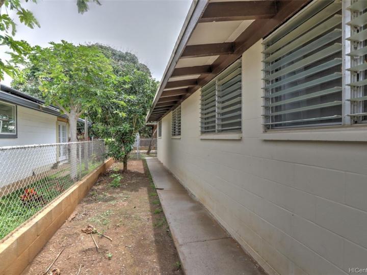 87-1705 Mohihi St Waianae HI Home. Photo 15 of 25