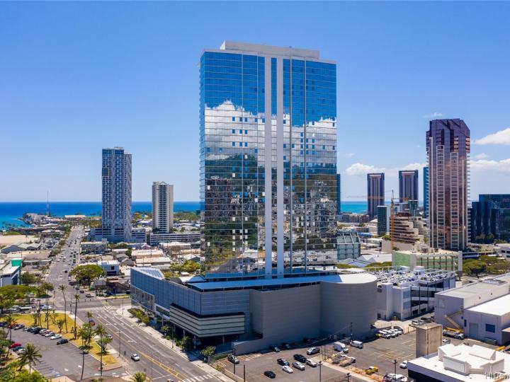 Symphony Honolulu condo #4202. Photo 25 of 25