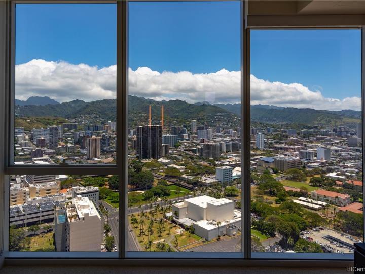 Symphony Honolulu condo #4202. Photo 9 of 25