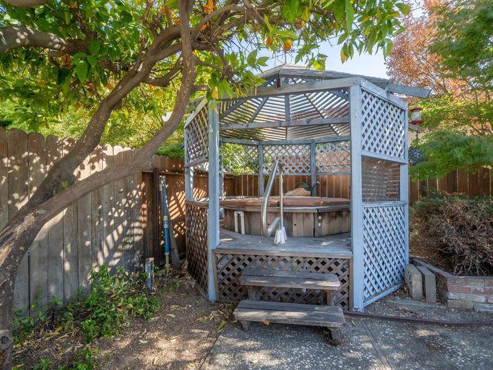902 Iris Ave Sunnyvale CA Home. Photo 38 of 40