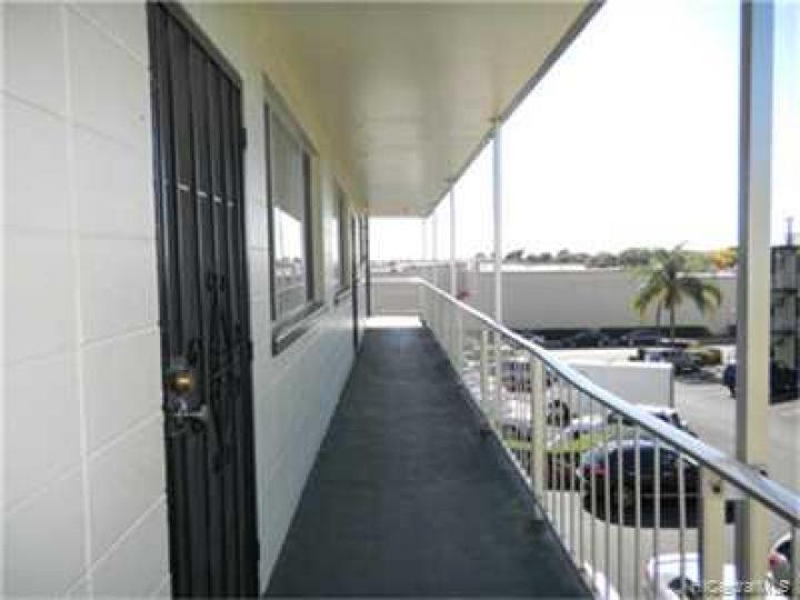 Leolua Vista condo #A/313. Photo 5 of 9