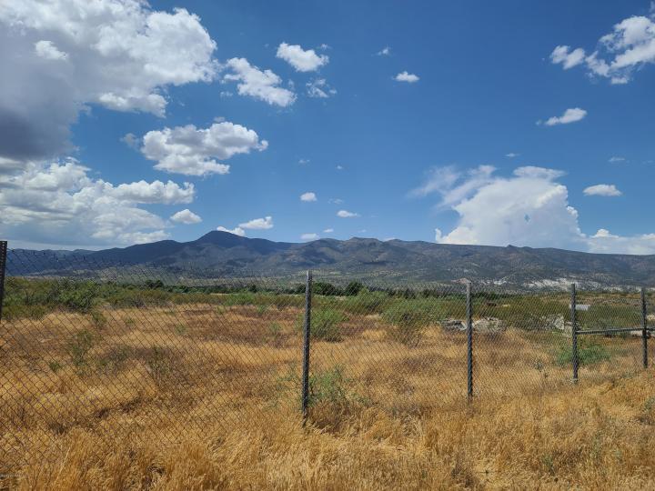 Roadranger Ln Camp Verde AZ. Photo 2 of 17