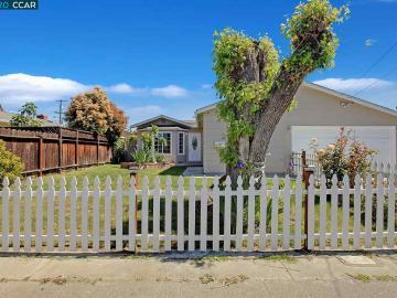 1286 Redwood Dr, Sunshine Estates, CA