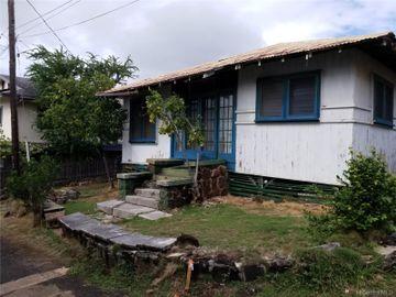 1420A Konia St, Kamehameha Heights, HI