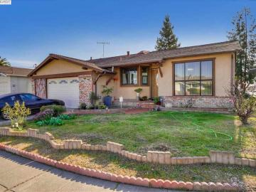 15421 Maureen St, Washington Manor, CA