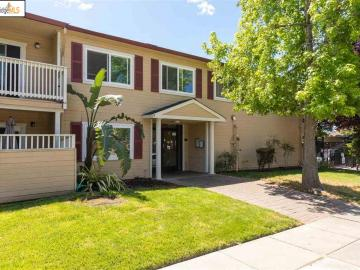 1570 165th Ave unit #214, Ashland, CA