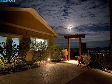 16 Surmont Ct, Lafayette Hills, CA