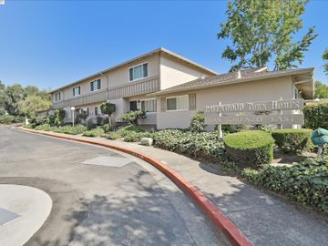 17535 Wickman Pl, Ashland, CA