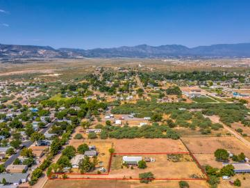 1832 W Wot Evans Dr, Under 5 Acres, AZ