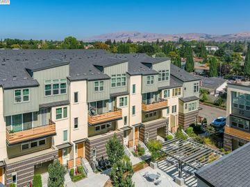 2031 Mahuron Cir, North San Jose, CA