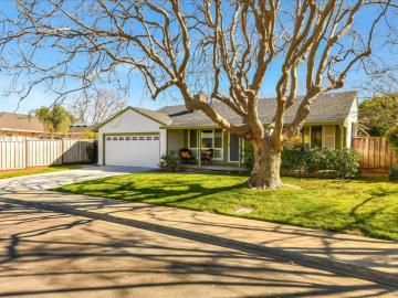 2210 Consuelo Ave Santa Clara CA Home. Photo 2 of 40