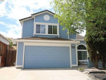 2290 Oak Hills Dr, Oak Hills, CA