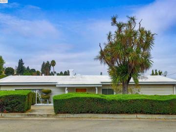 23071 Henry Ln, Fairview, CA