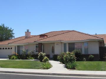 2312 Frederick Way, Madera, CA