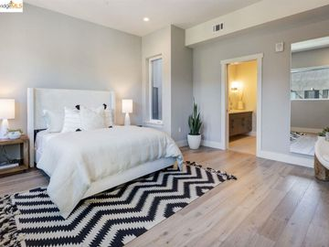 2325 Vly unit #301, Uptown, CA
