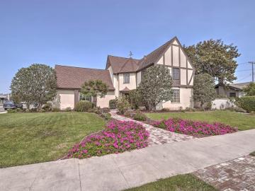 239 Pine St, Salinas, CA