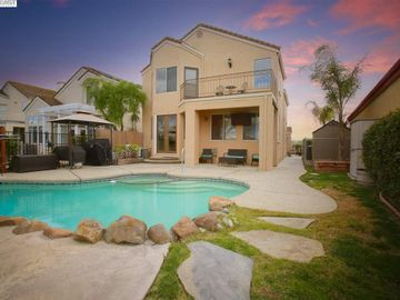 2691 Cherry Hills Dr, Discovery Bay Country Club, CA