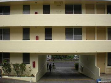 Rental 275 Auwaiolimu St, Honolulu, HI, 96813. Photo 1 of 6