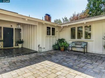 32 Scenic Dr, Moraga Manor, CA